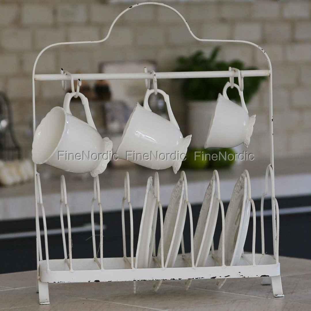 chic antique gestell f r tassen und teller antik wei. Black Bedroom Furniture Sets. Home Design Ideas