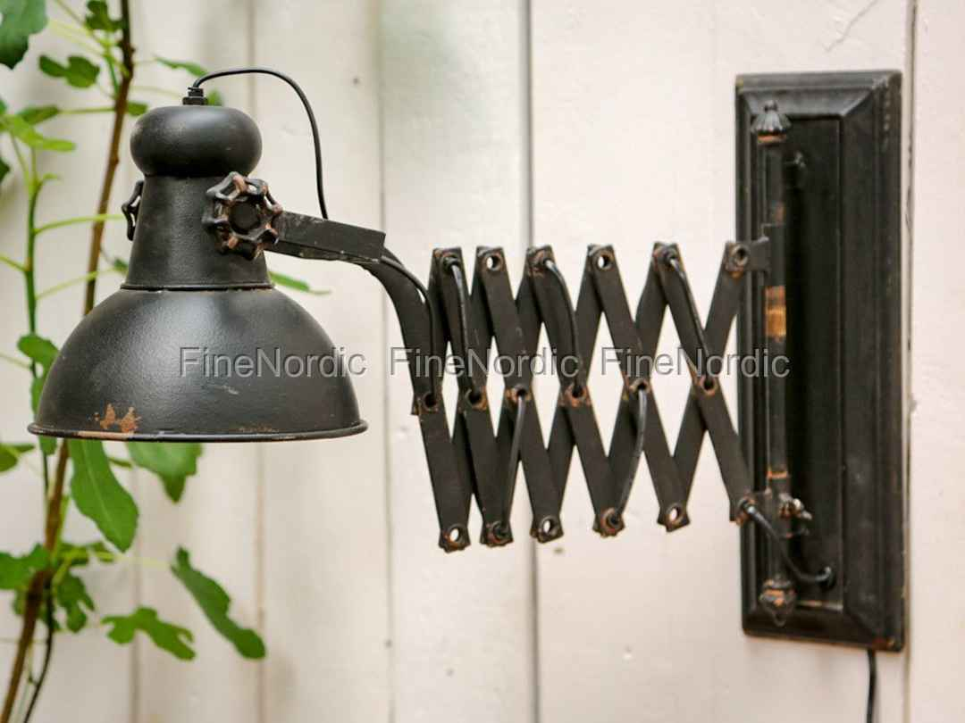 chic antique lampe f r die wand factory antik schwarz. Black Bedroom Furniture Sets. Home Design Ideas