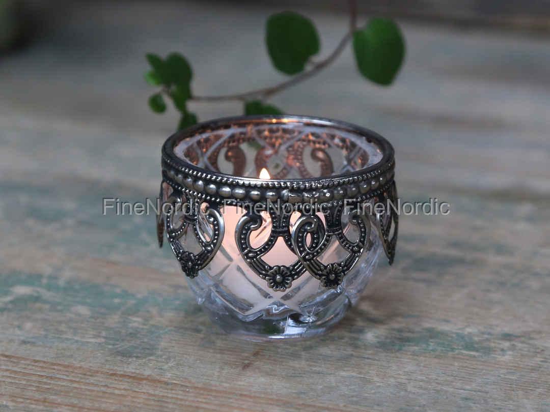 Chic antique kerzenständer mit silber dekor glas