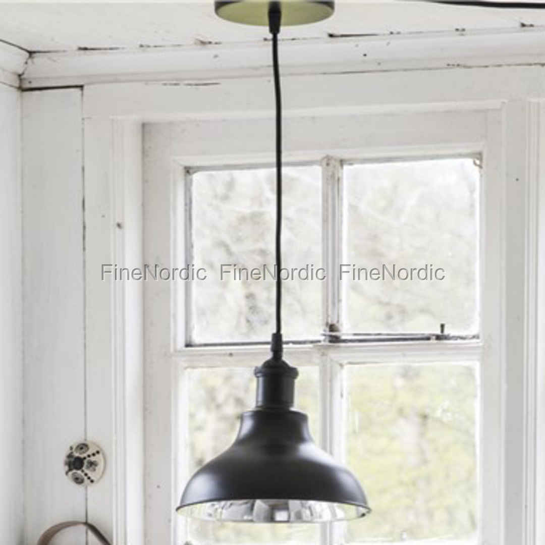 ib laursen lampe metall matt schwarz inkl abdeckkappe. Black Bedroom Furniture Sets. Home Design Ideas