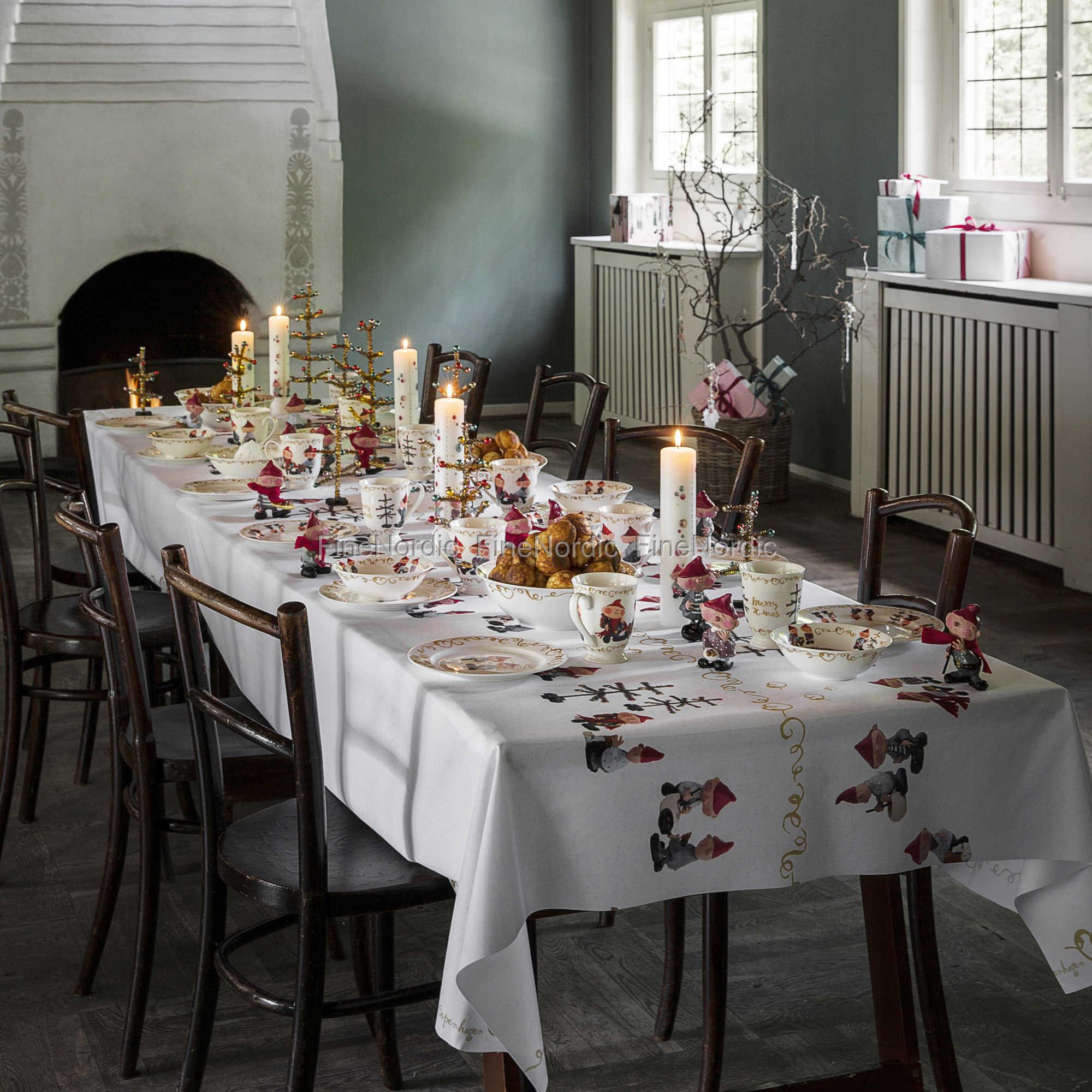 medusa copenhagen nisling tischtuch preis pro meter. Black Bedroom Furniture Sets. Home Design Ideas
