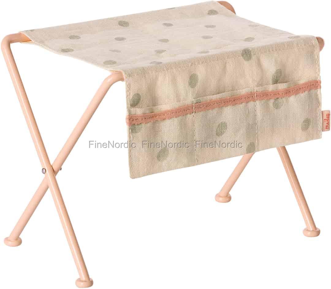 maileg kaninchen zubeh r wickeltisch. Black Bedroom Furniture Sets. Home Design Ideas